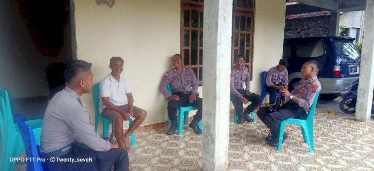 Meningkatkan Kewaspadaan Ton Turjawali Melaksanakan Patroli Diologis Ke Rumah Warga