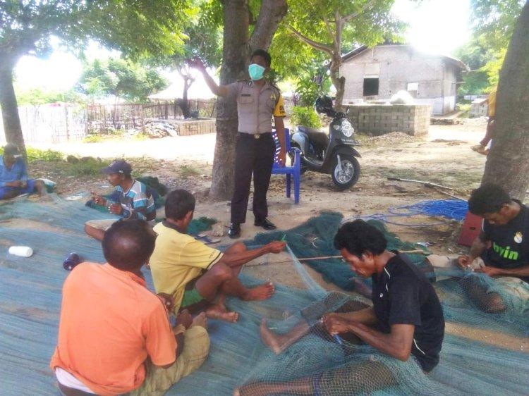 Himbau Warganya, Bhabinkamtibmas Polsek Mamboro Sosialisasi Bahaya Covid-19