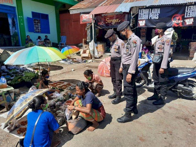 Operasi Ketupat 2020, Anggota Samapta Himbau Warga Di Pasar Waspada Virus Corona