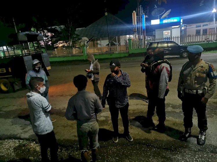 Cegah Covid 19 - Ops Aman Nusa Kerap Sambangi Warga Yang Masih Berkerumun Dan Tidak Gunakan Masker