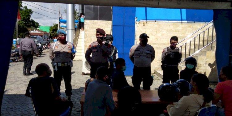 Cegah Covid 19 - Tim Operasi Aman Nusa Lakukan Sosialisasi di Tempat Umum