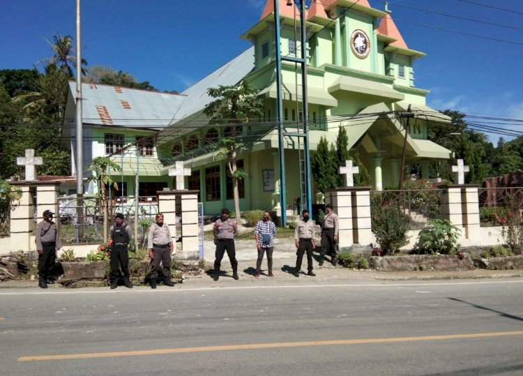 Cegah Covid 19 - Ops Aman Nusa II Lakukan Patroli Minggu Pantau Tempat Ibadah