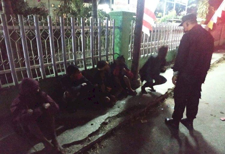 Gelar Patroli Malam Tim Operasi Aman Nusa ll Kembali Himbau Masyarakat Agar Tetap Waspada Virus Corona