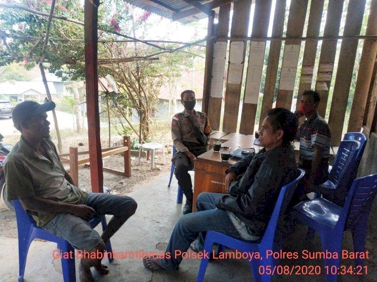 Bhabinkamtibmas Polsek Lamboya Sambang Warga Binaan Sampaikan Adaptasi Kebiasaan Baru
