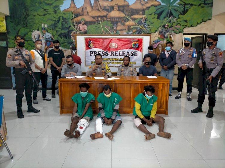 Tangkap 3 Pelaku Pencuri Kuda, Kapolres Sumba Barat Gelar Press Release