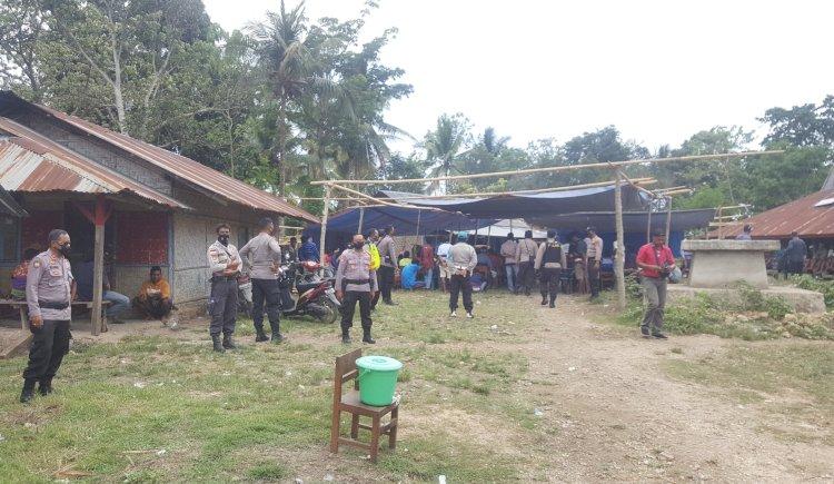 Personil Gabungan Polres Sumba Barat Lakukan Pengamanan Kampanye Terbatas Di Desa Gaura