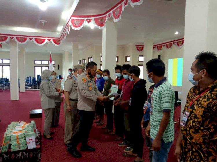 Kapolres Sumba Barat Hadiri ViCon Penyerahan Sertifikat Tanah untuk Rakyat se Indonesia oleh Presiden RI