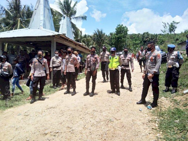 Gabungan Personil Polres Sumba Barat Lakukan Pengamanan Kampanye Terbatas di Kecamatan Lamboya