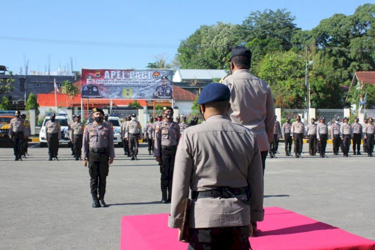 Waka Polda NTT Brigjen Pol Drs. Ama Kliment Dwikorjanto, M.Si Pimpin Apel Pagi di Polres Sumba Barat