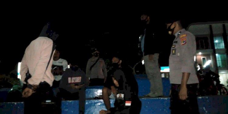 Melalui Ops Aman Nusa II, Polres Sumba Barat Mengajak Warga Perangi Covid 19
