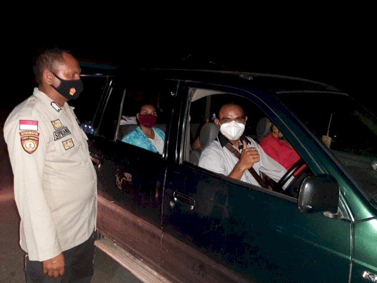 Bripka Bernard Bersama Brigpol Siprianus Laksanakan Giat KRYD Di Desa Kabukarudi Guna Menjaga Situasi Kamtibmas