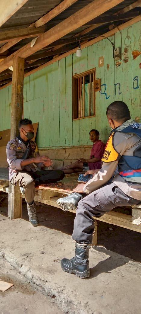 Bhabinkamtibmas Polsek Umbu Ratunggay Berikan Edukasi Terkait PPKM Skala Mikro Kepada Warga Binaan