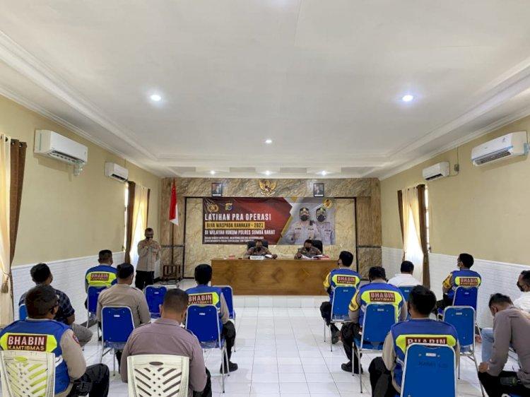 Waka Polres Sumba Barat Membuka Latihan Pra Operasi Bina Waspada Ranakah-2021