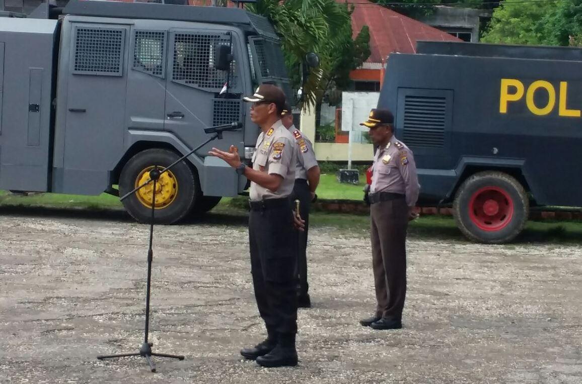 """Apel Siaga Seluruh Jajaran Polres Sumba Barat Terkait """"Aksi Damai 212"""" Oleh Kapolres Sumba Barat AKBP MUHAMAD ERWIN"""
