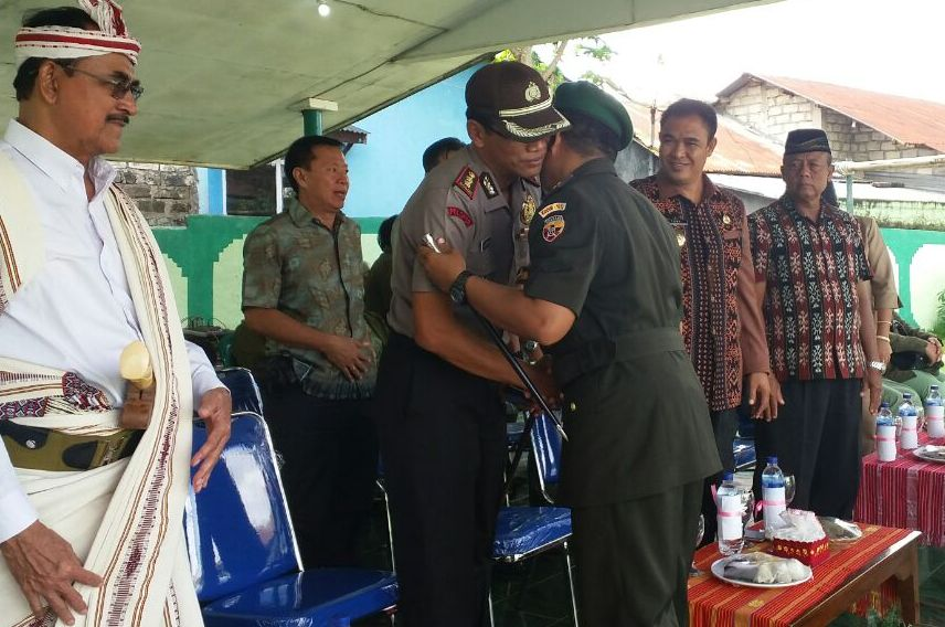 Bapak Kapolres Sumba Barat AKBP MUHAMAD ERWIN Hadir Dalam Upacara Dirgahayu Hari Juang Kartika TA. 2016