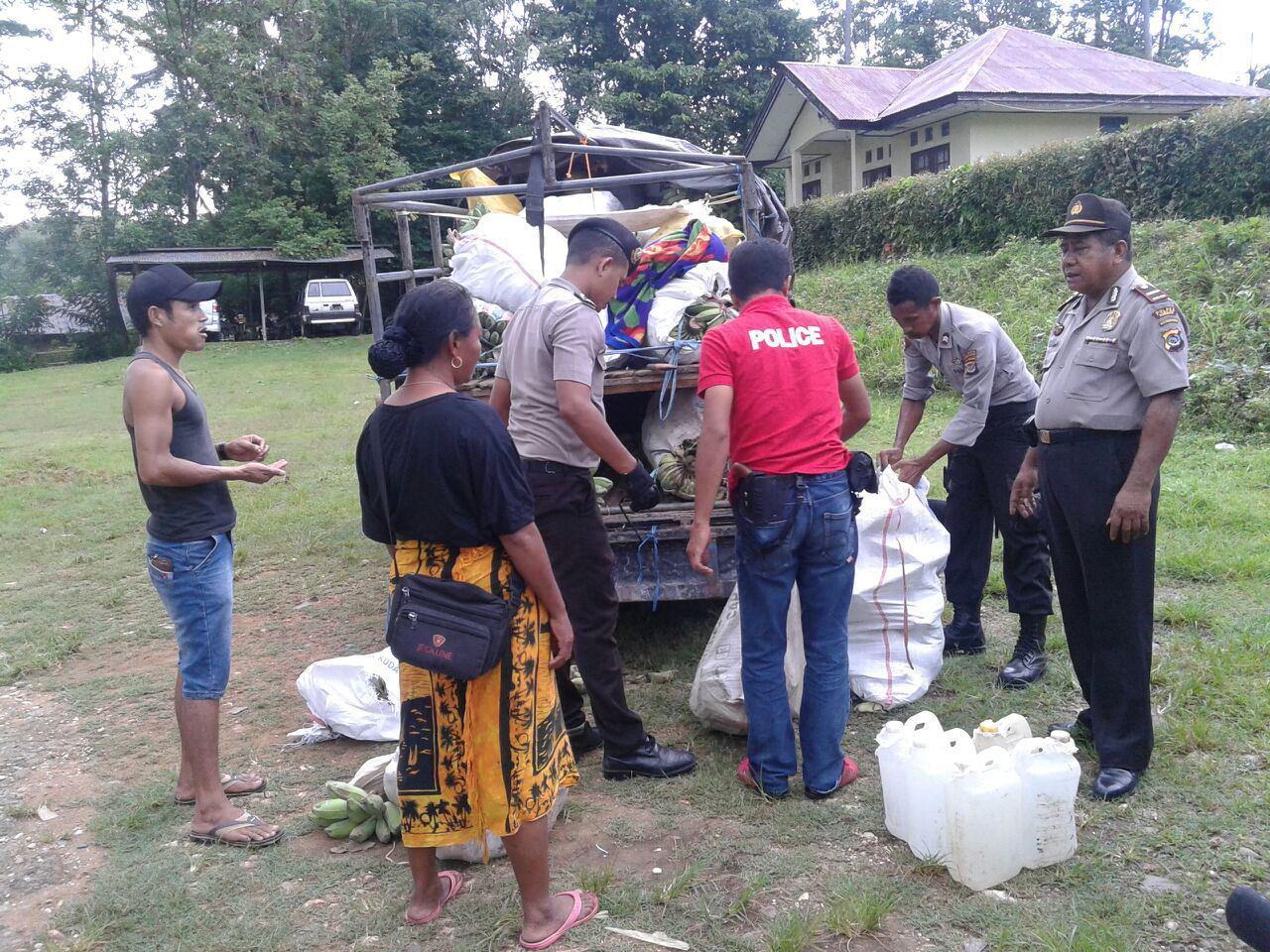 Operasi Pekat Turangga Berhasil Mengamankan Miras 650 Liter Dan Sajam (Parang)
