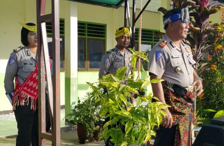Atribut Adat Sumba Turut Mewarnai Gelar Operasi Simpatik Turangga Tahun 2017 serta Roadshow di SMA Waikabubak