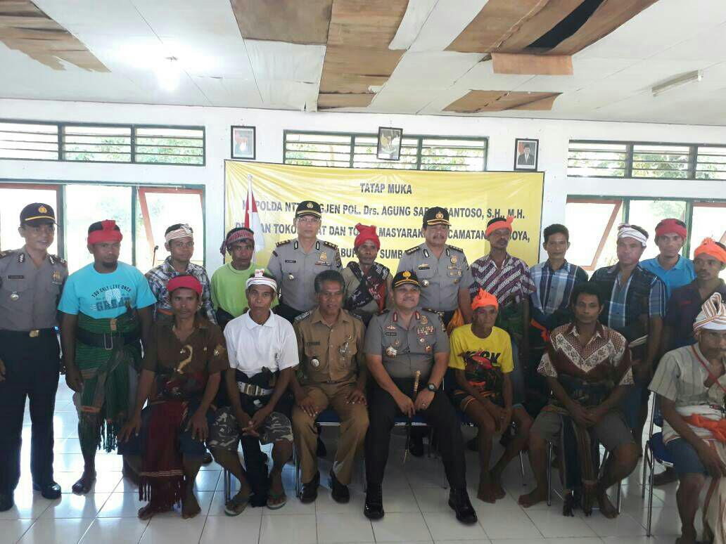 Tatap Muka dengan Tokoh Adat dan Tokoh Masyarakat Lamboya menjadi Agenda di Penghujung Lawatan Bapak Kapolda NTT 