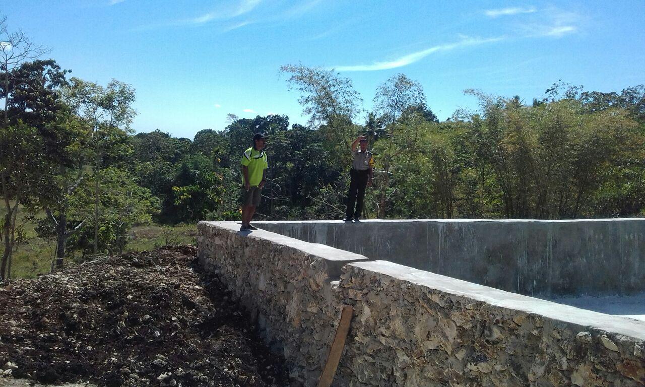 Kiprah Berkelanjutan Sang Bhabinkamtibmas untuk Memajukan Desa Binaannya
