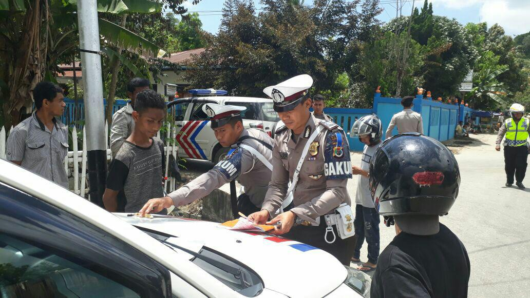 Perdana Gelar Operasi Zebra Turangga 2017 Jajaran Polres Sumba Barat