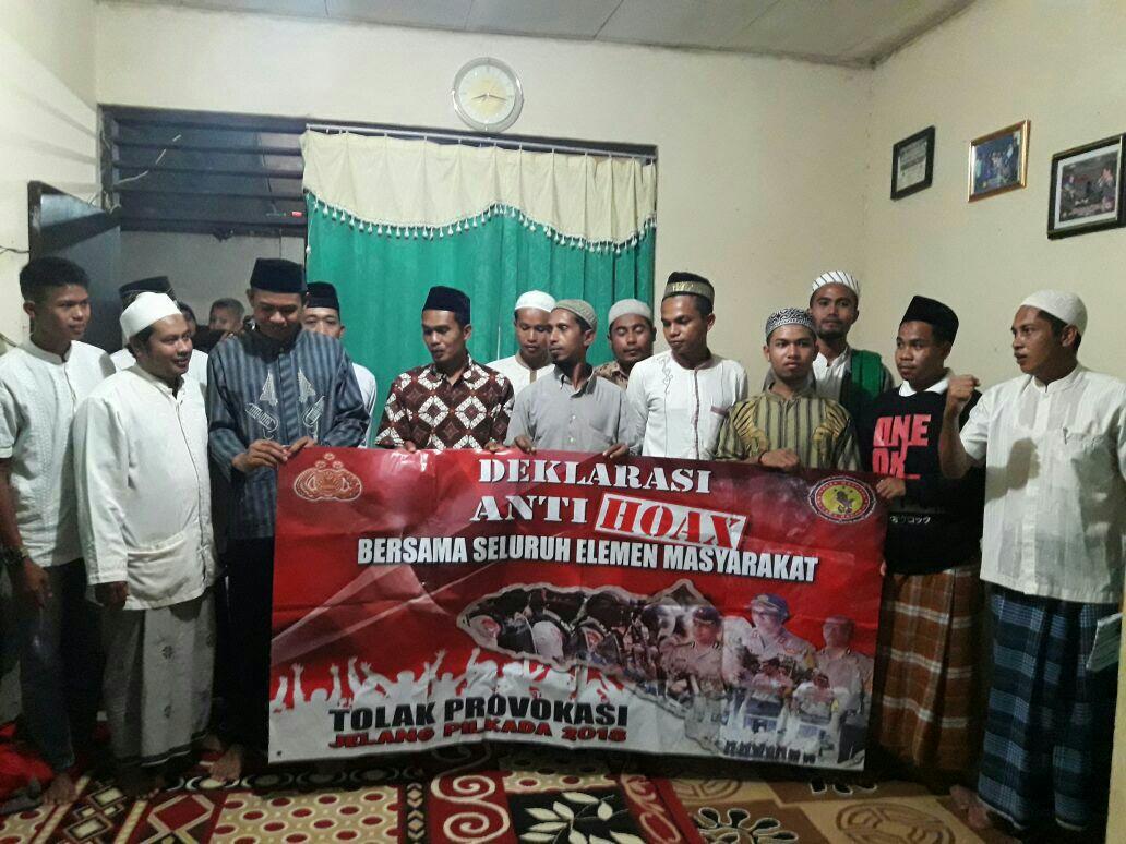 Deklarasi ANTI HOAX & ISU SARA Satuan Intelkam Bersama Majelis Taklim Al Karomah Waikabubak