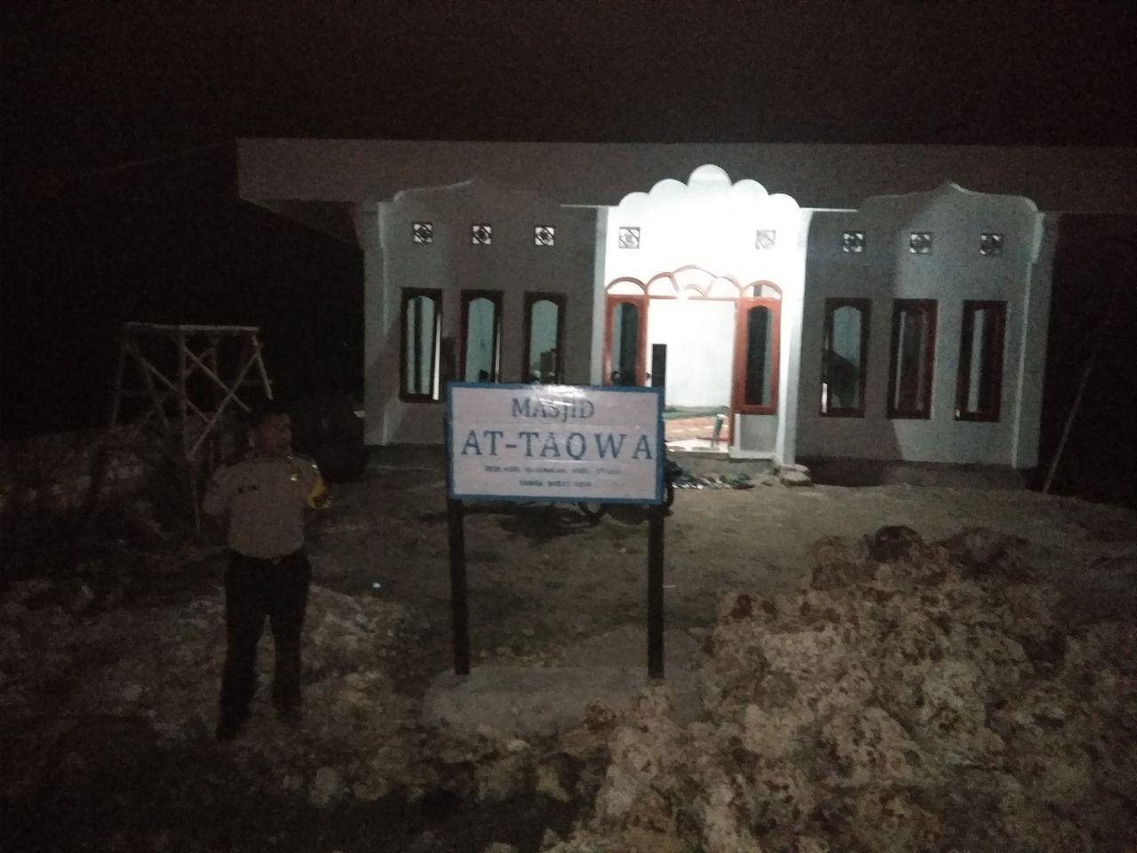 Pengamanan Sholat Tarawih di Masjid At Taqwa