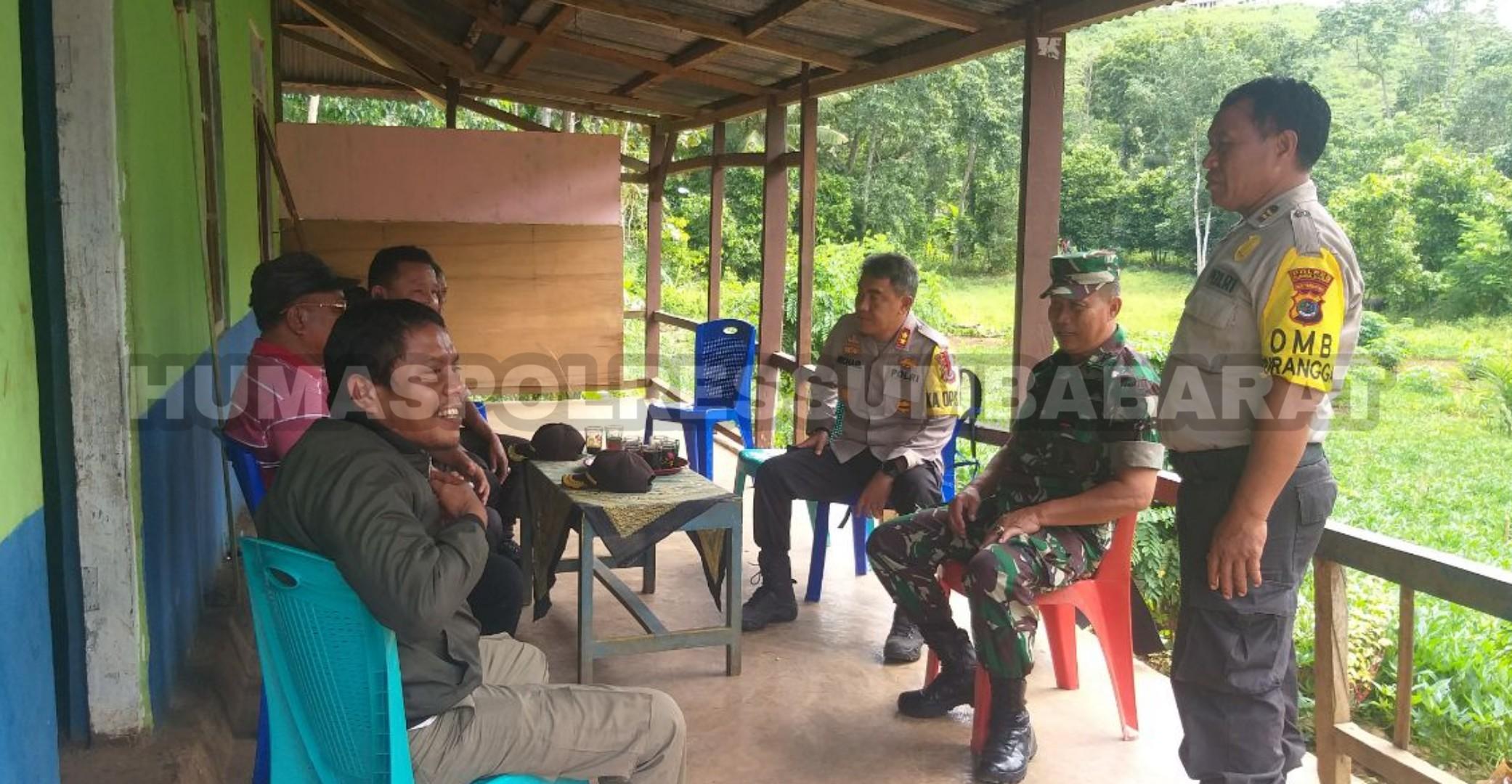 Gelar PSU di 2 TPS, Kapolres Sumba Barat Pantau Langsung ke Lokasi