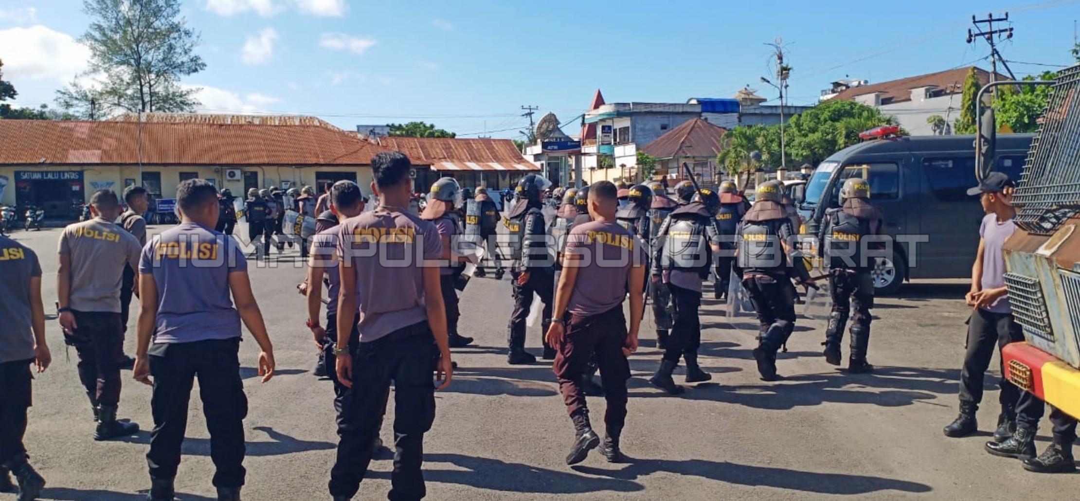 Menjadi Bagian BKO Polda Metro Jaya, Angkatan 41 & 42 Polres Sumba Barat Terus Berlatih