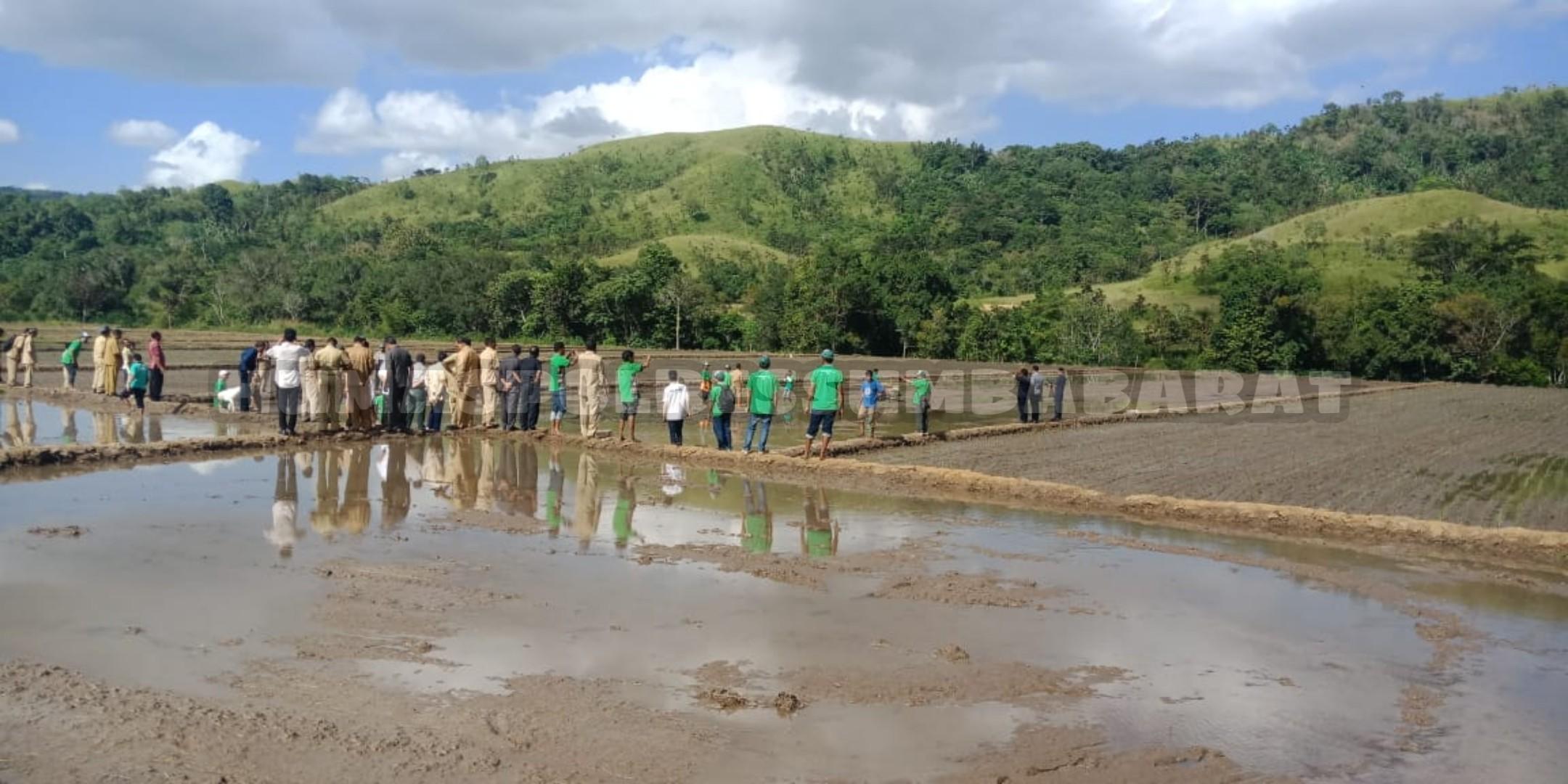 Kapolsek URG Hadiri Pencanangan BBGRM Ke-16 Tahun 2019 di Kabupaten Sumba Tengah