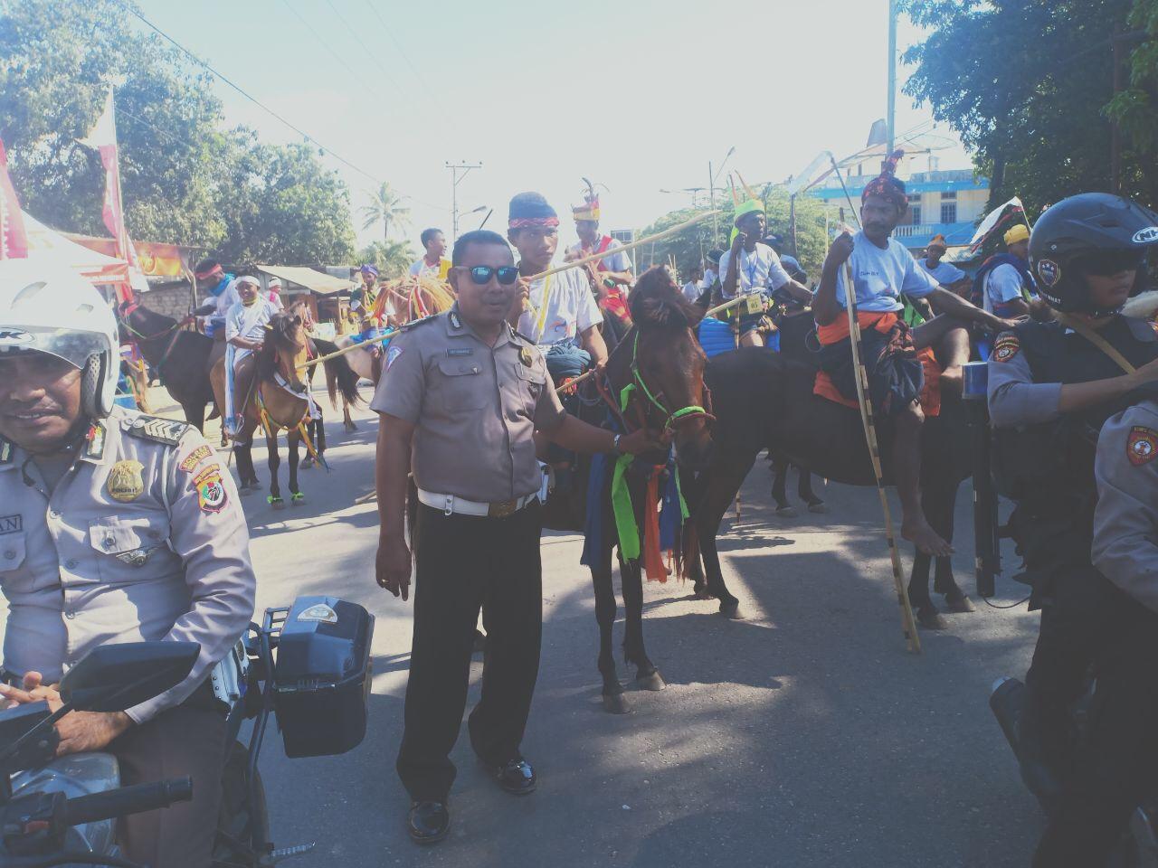 Event Pergelaran Parade 1001 Kuda dan Pameran 1001 Tenun Ikat Sumba