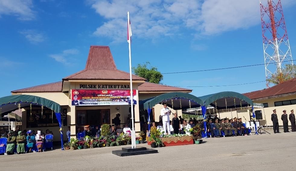 Pimpin Upacara Hari Bhayangkara ke 73, Bupati Sumba Tengah Bacakan Amanat Presiden RI