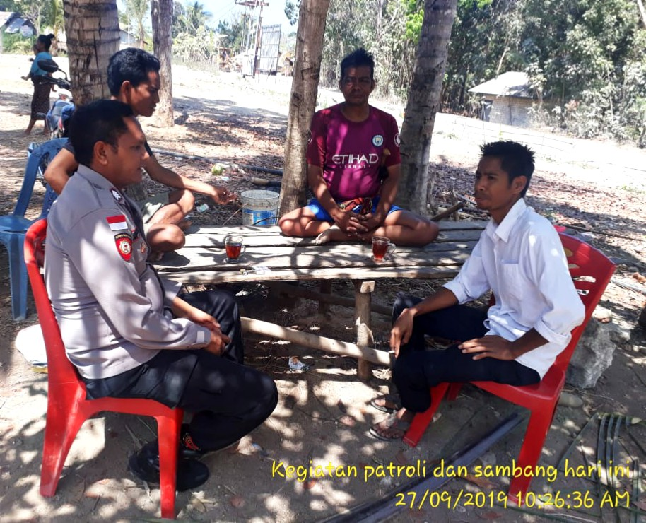 Wujudkan Situasi Agar Tetap Aman Dan Kondusif Bhabinkamtibmas Sambang Warga Desa