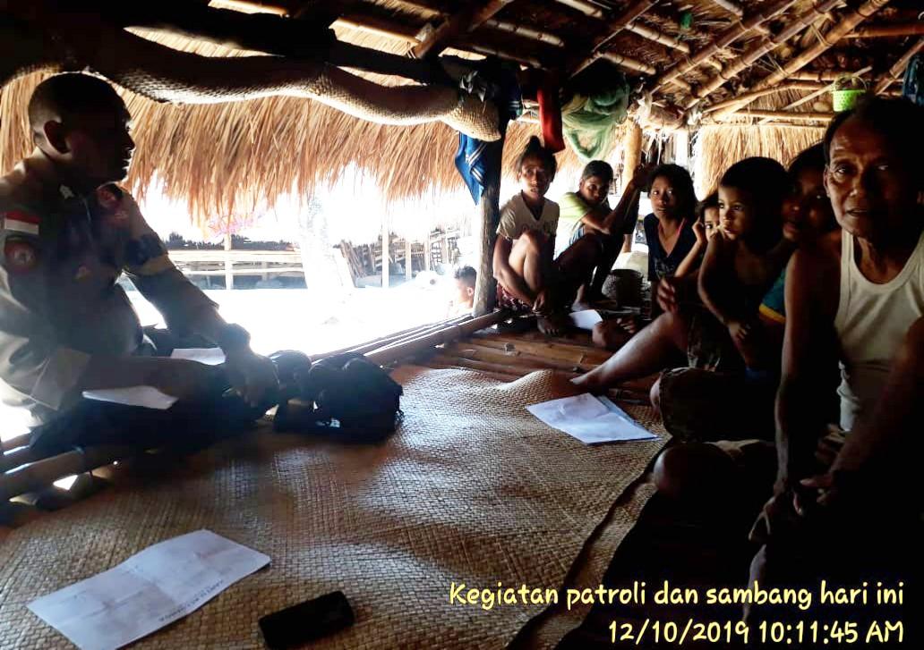 Bhabinkamtibmas Polsek Lamboya Terus Tingkatkan Sambang Warga Desa Binaan
