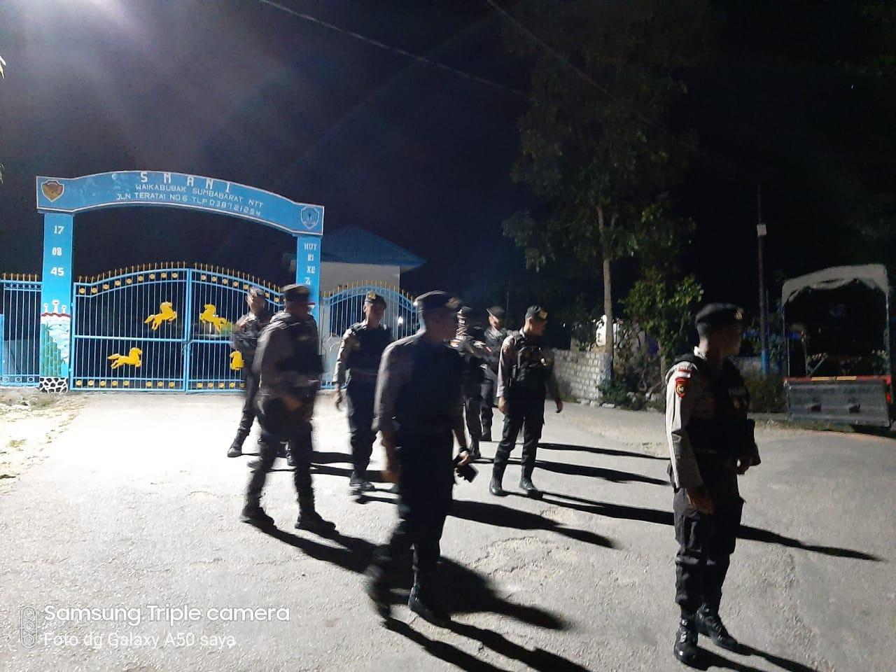 Menekan Angka Kriminalitas, Ton II Dalmas Gelar Patroli Malam