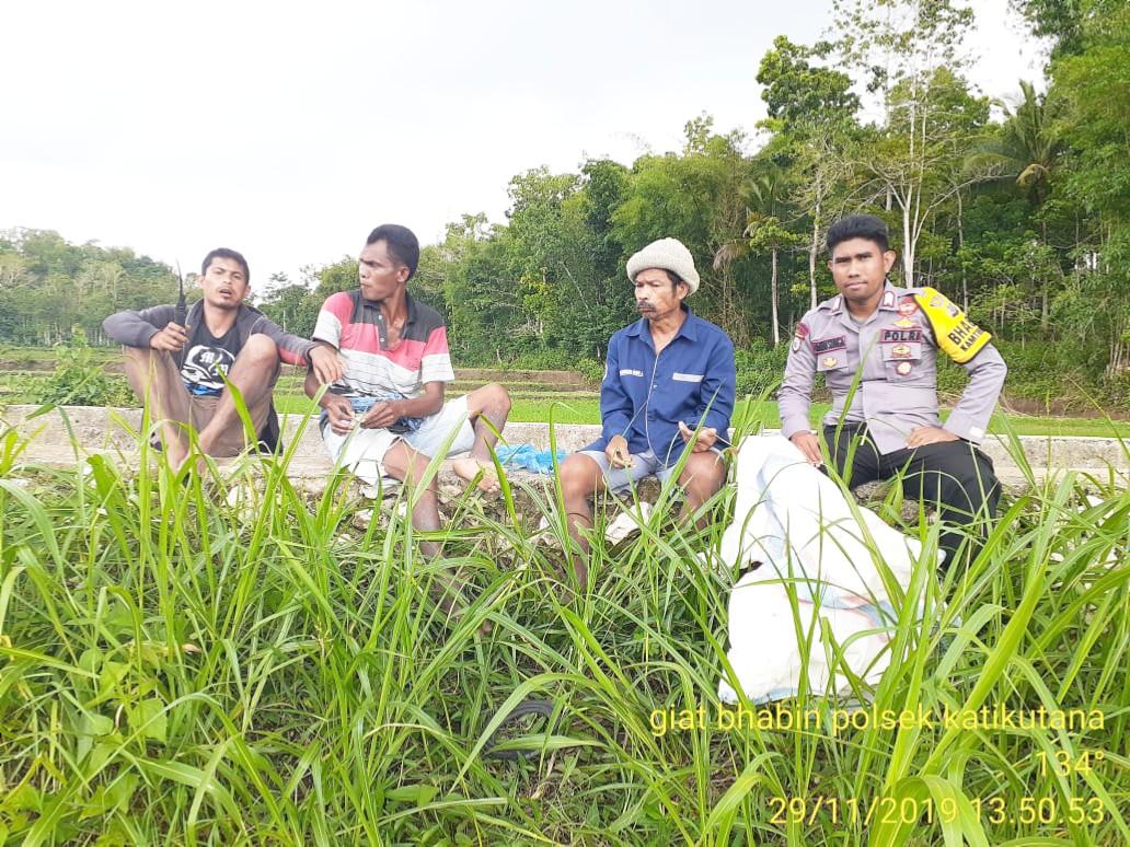 Bhabinkamtibmas Polsek Katikutana Sambang Warga Desa Binaan