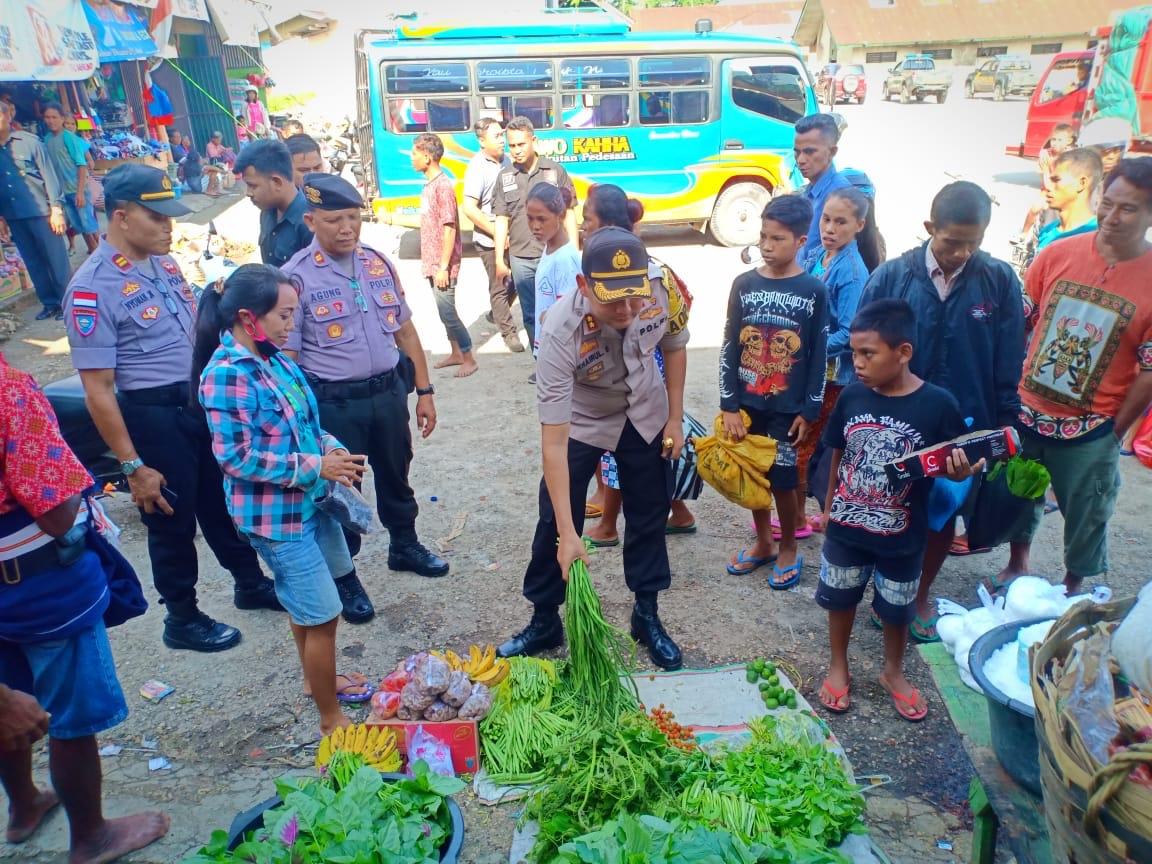 Operasi Lilin Turangga 2019   Kapolres Monitoring Harga Sembako di Pasar Inpres Waikabubak & Anakalang