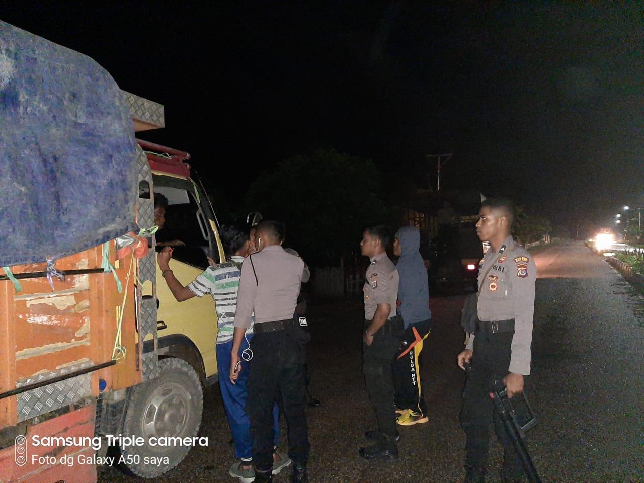 Pantau Situasi Kamtibmas, Dalmas Ton 2 Gelar Patroli Malam Hingga Subuh